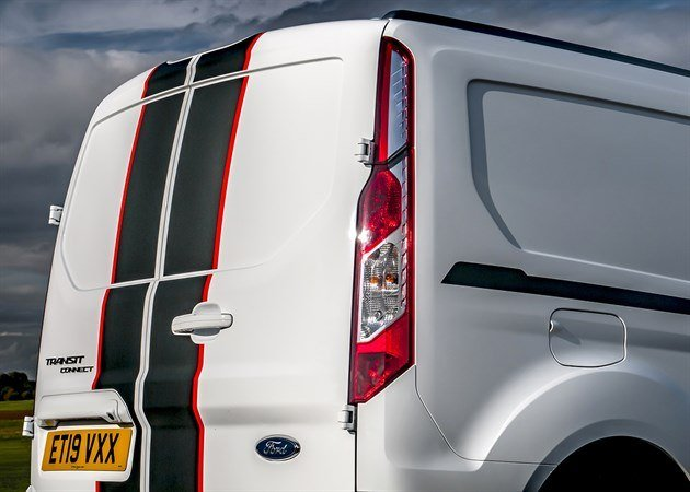 Ford _Transit _Connect _022
