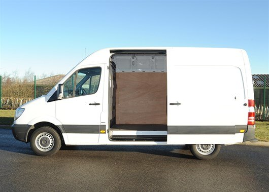 Mercedes Sprinter White (9)